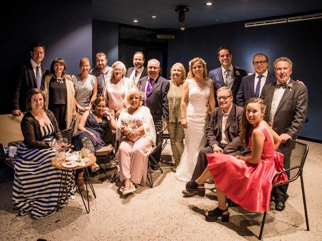 La boda de Albert y Eva en La Riera De Gaia, Tarragona 125
