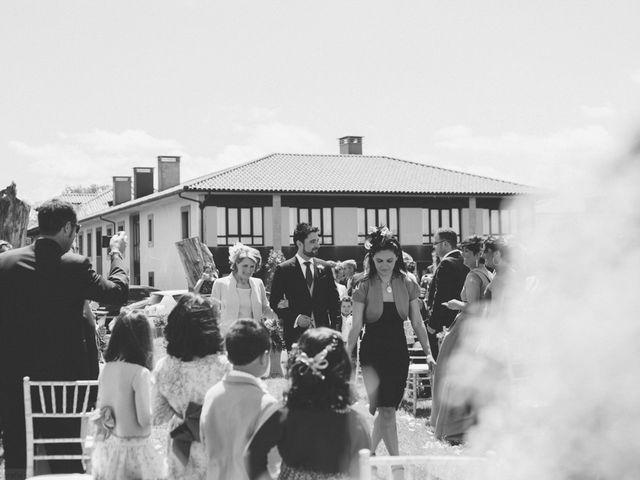 La boda de David y Lucia en Torazo, Asturias 29