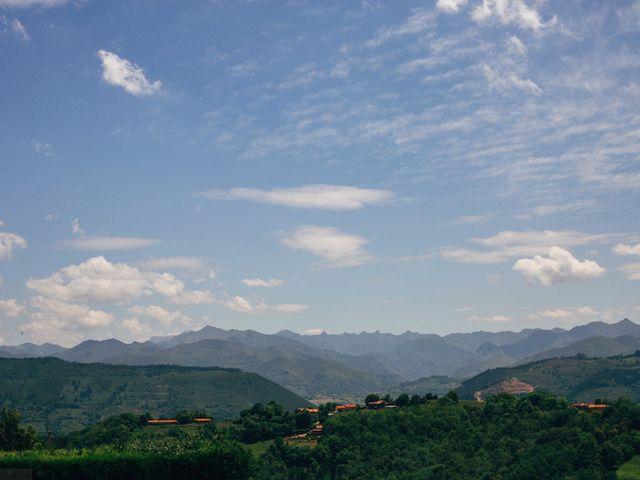 La boda de David y Lucia en Torazo, Asturias 38