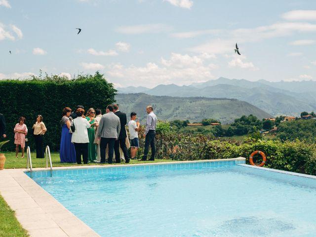 La boda de David y Lucia en Torazo, Asturias 47