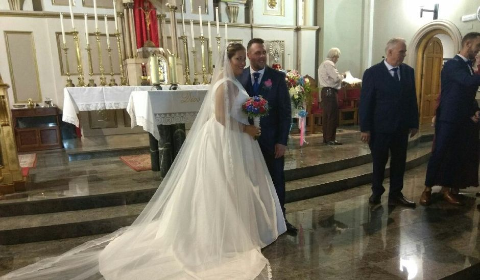 La boda de Ivan y Desire en Elx/elche, Alicante