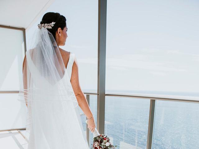 La boda de Juan Carlos y Cristina en Benalmadena Costa, Málaga 11
