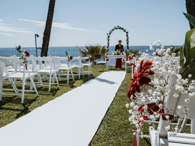 La boda de Juan Carlos y Cristina en Benalmadena Costa, Málaga 18
