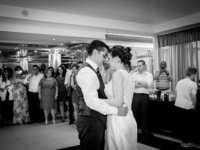 La boda de Gonzalo y Lorena en O Milladoiro, A Coruña 17