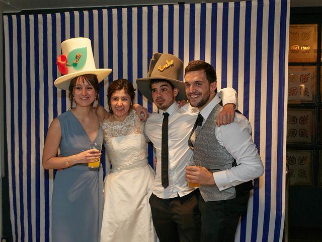La boda de Eneko y Irati en Donostia-San Sebastián, Guipúzcoa 42