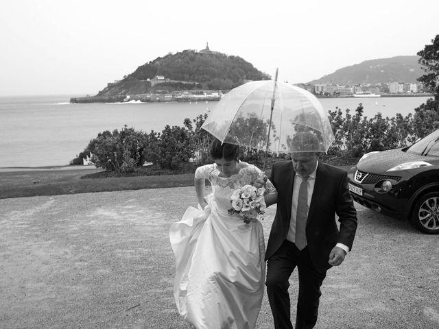 La boda de Eneko y Irati en Donostia-San Sebastián, Guipúzcoa 23