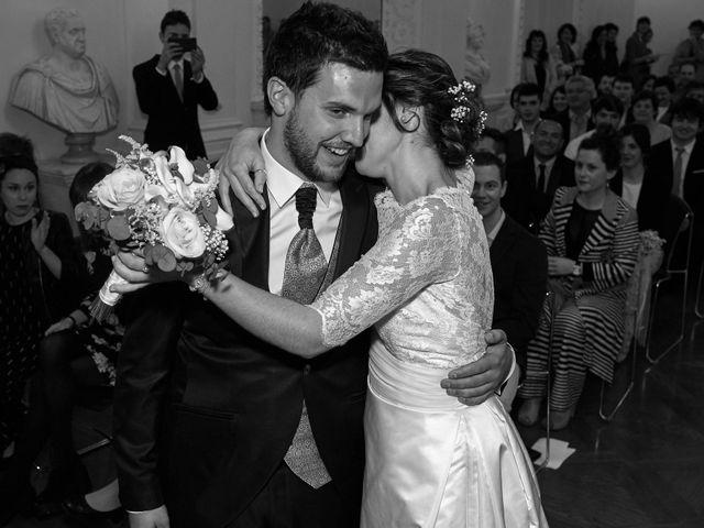 La boda de Eneko y Irati en Donostia-San Sebastián, Guipúzcoa 26
