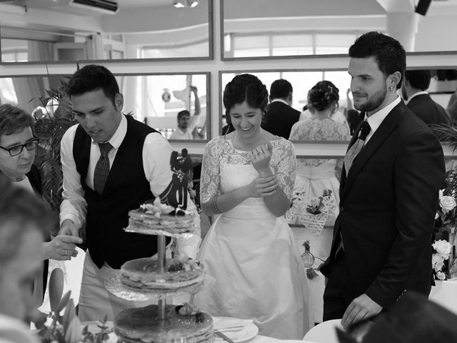 La boda de Eneko y Irati en Donostia-San Sebastián, Guipúzcoa 34