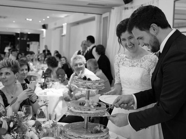 La boda de Eneko y Irati en Donostia-San Sebastián, Guipúzcoa 35