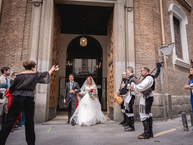 La boda de Patricia  y Fidel Luis  en Talamanca Del Jarama, Madrid 39