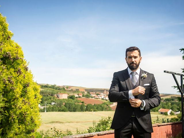 La boda de Carlos y Judith en Villamediana De Iregua, La Rioja 3
