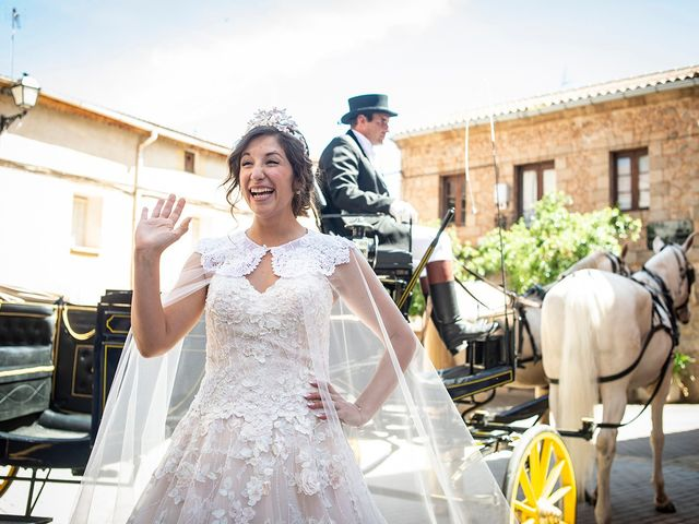 La boda de Carlos y Judith en Villamediana De Iregua, La Rioja 7