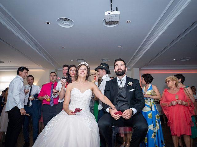La boda de Carlos y Judith en Villamediana De Iregua, La Rioja 10