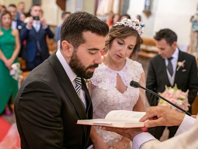 La boda de Carlos y Judith en Villamediana De Iregua, La Rioja 25