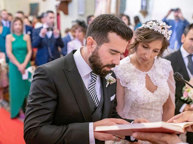 La boda de Carlos y Judith en Villamediana De Iregua, La Rioja 26