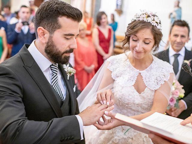 La boda de Carlos y Judith en Villamediana De Iregua, La Rioja 27