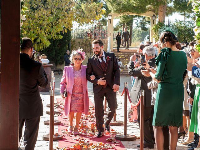 La boda de Cristian y Silvia en L' Alcora, Castellón 35