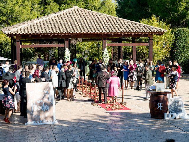 La boda de Cristian y Silvia en L' Alcora, Castellón 40