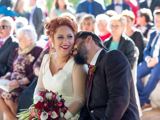 La boda de Cristian y Silvia en L' Alcora, Castellón 60