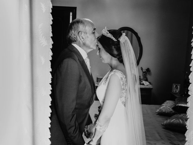 La boda de Javier y Rosario en Villarrasa, Huelva 17
