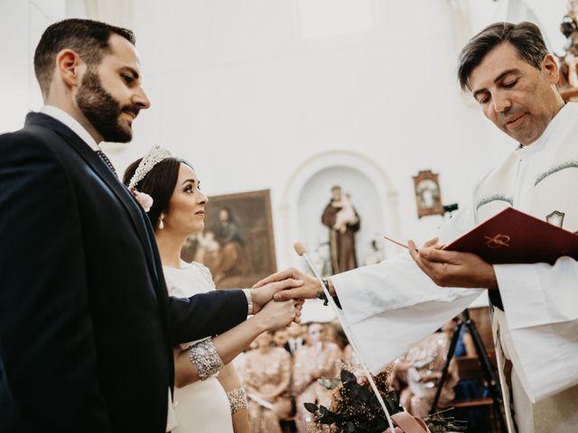 La boda de Javier y Rosario en Villarrasa, Huelva 31