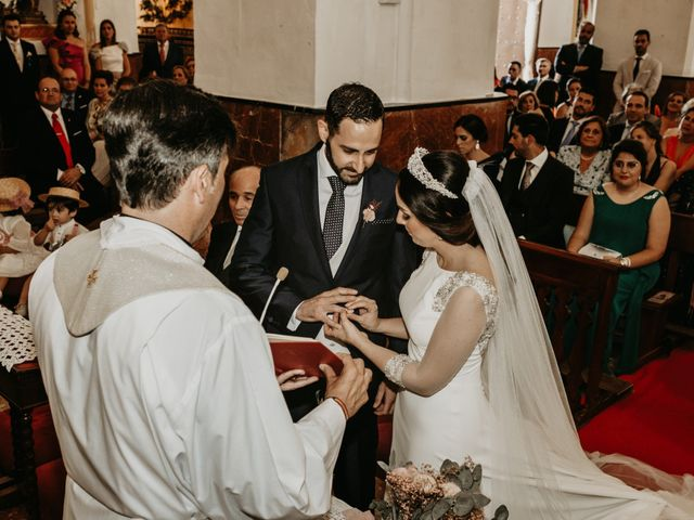 La boda de Javier y Rosario en Villarrasa, Huelva 32