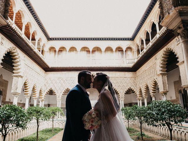 La boda de Álvaro y Ana en Sevilla, Sevilla 1