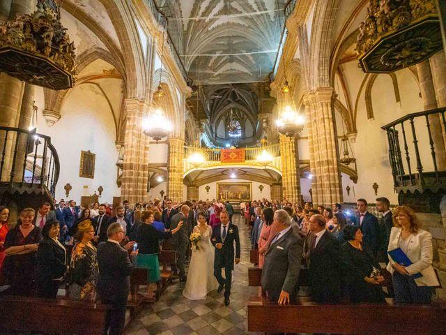 La boda de Pedro y Nuria en Cañamero, Cáceres 18