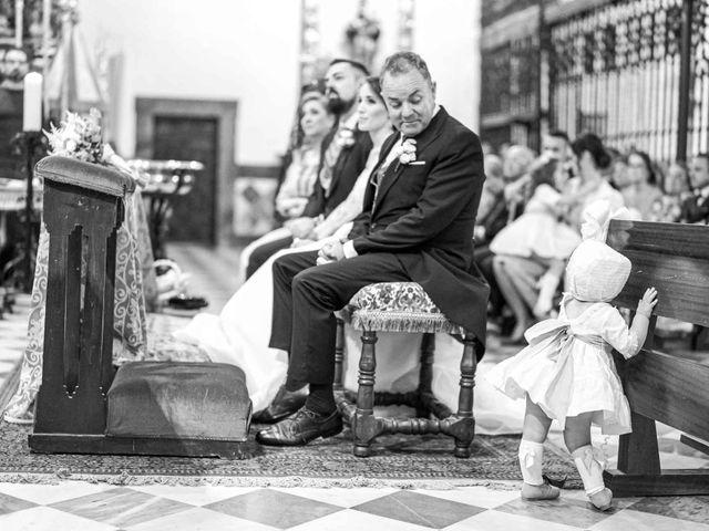 La boda de Pedro y Nuria en Cañamero, Cáceres 27