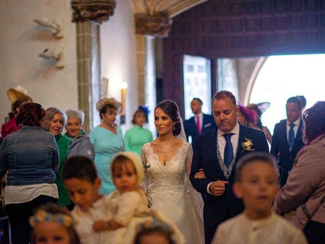 La boda de Pedro y Nuria en Cañamero, Cáceres 40