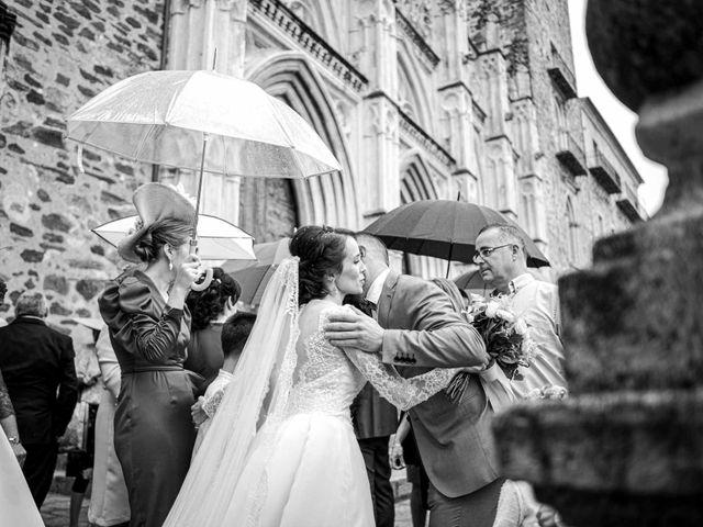La boda de Pedro y Nuria en Cañamero, Cáceres 59