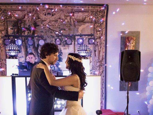 La boda de Carlos y Esther en León, León 23