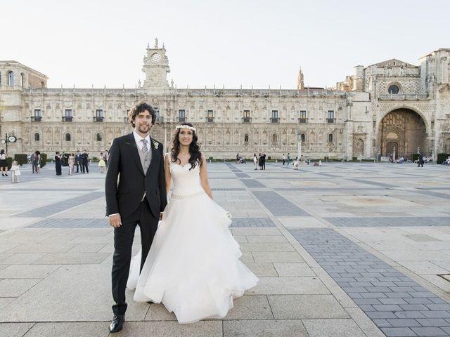 La boda de Carlos y Esther en León, León 27