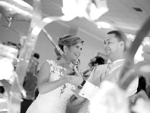 La boda de Joshua y Paula en Campillo De Altobuey, Cuenca 33