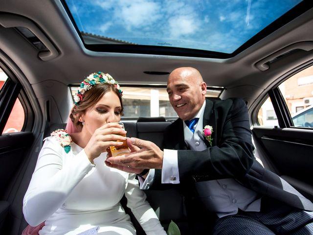 La boda de Emilio y Mari Carmen en La Carlota, Córdoba 16