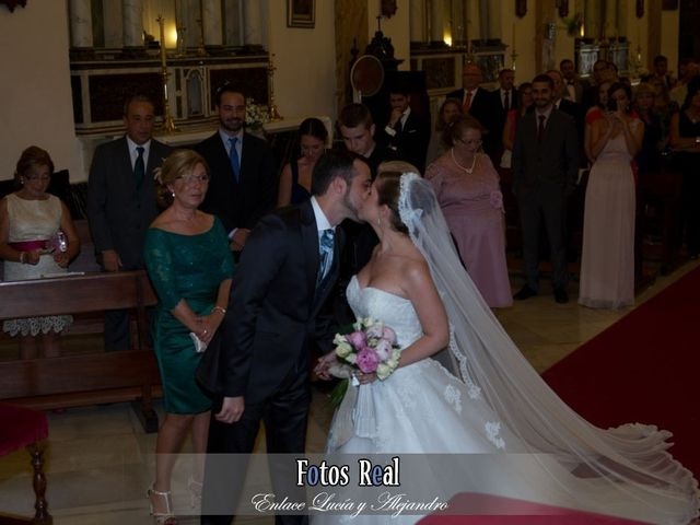 La boda de Alejandro y Lucía en San Fernando, Cádiz 2