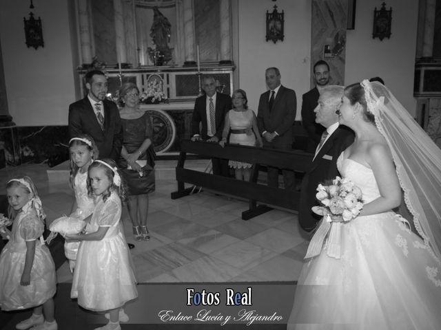La boda de Alejandro y Lucía en San Fernando, Cádiz 29