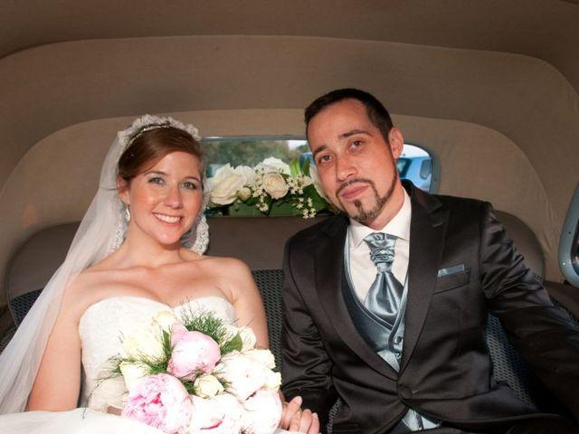 La boda de Alejandro y Lucía en San Fernando, Cádiz 40