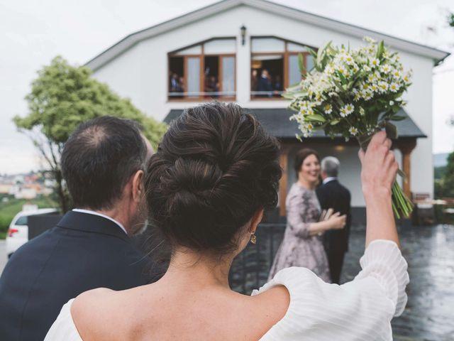 La boda de Andrés y Aurora en Ortiguera (Coaña), Asturias 18