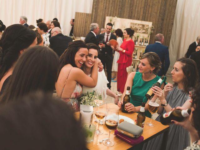 La boda de Andrés y Aurora en Ortiguera (Coaña), Asturias 32