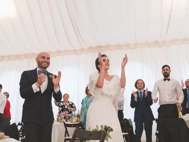 La boda de Andrés y Aurora en Ortiguera (Coaña), Asturias 34