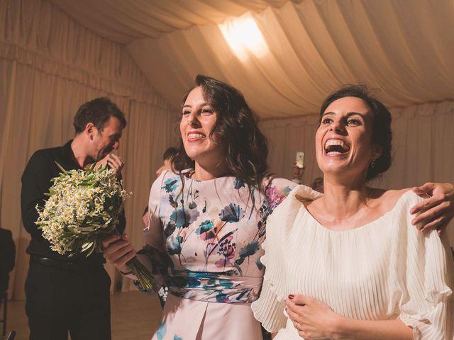 La boda de Andrés y Aurora en Ortiguera (Coaña), Asturias 40