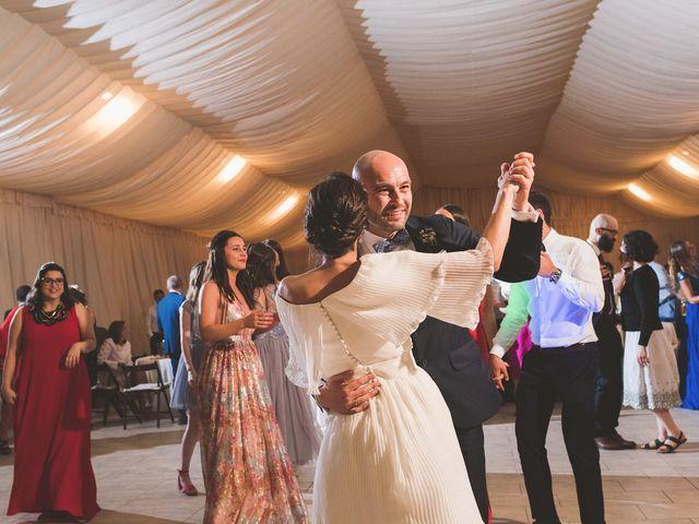 La boda de Andrés y Aurora en Ortiguera (Coaña), Asturias 44