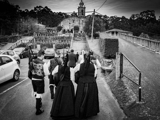 La boda de Ricardo y Silvia en Noalla (Sanxenxo), Pontevedra 21