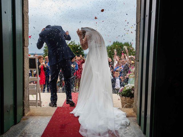 La boda de Ricardo y Silvia en Noalla (Sanxenxo), Pontevedra 32