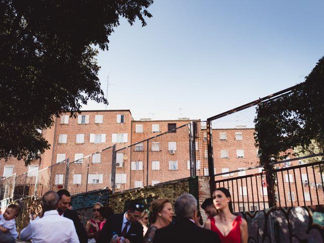 La boda de Miguel y Raquel en Madrid, Madrid 76