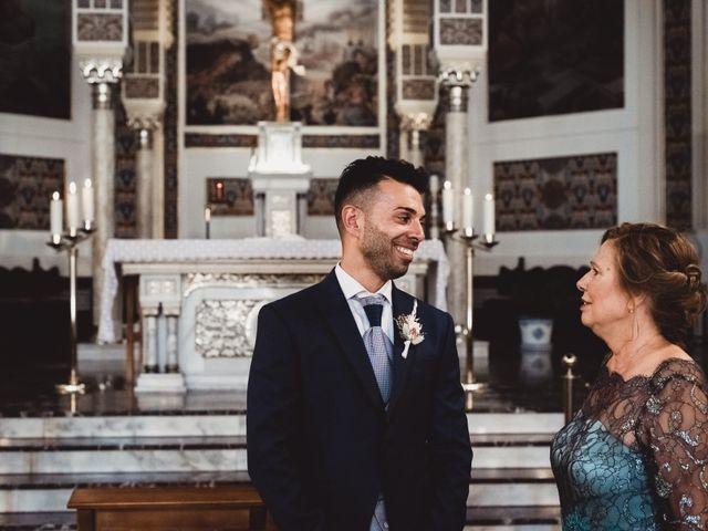 La boda de Miguel y Raquel en Madrid, Madrid 81