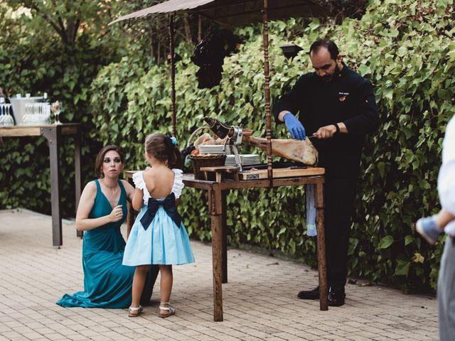 La boda de Miguel y Raquel en Madrid, Madrid 122