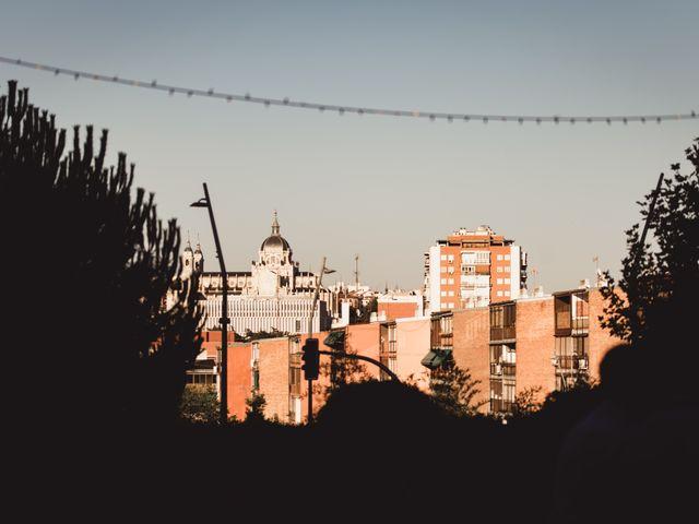 La boda de Miguel y Raquel en Madrid, Madrid 128