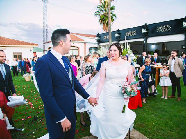 La boda de Fran y Cristina en Villafranca De Los Barros, Badajoz 29